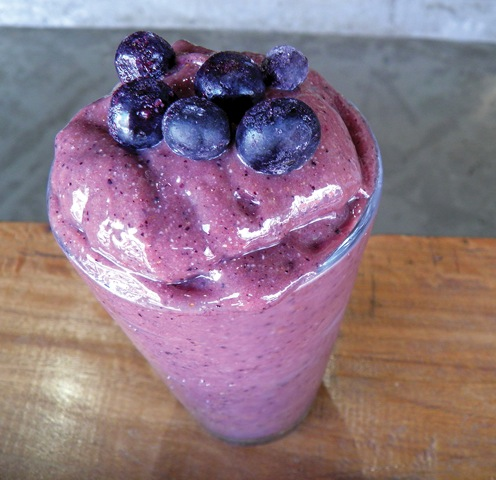 Why A Smoothie Is Your Gut's Best Friend