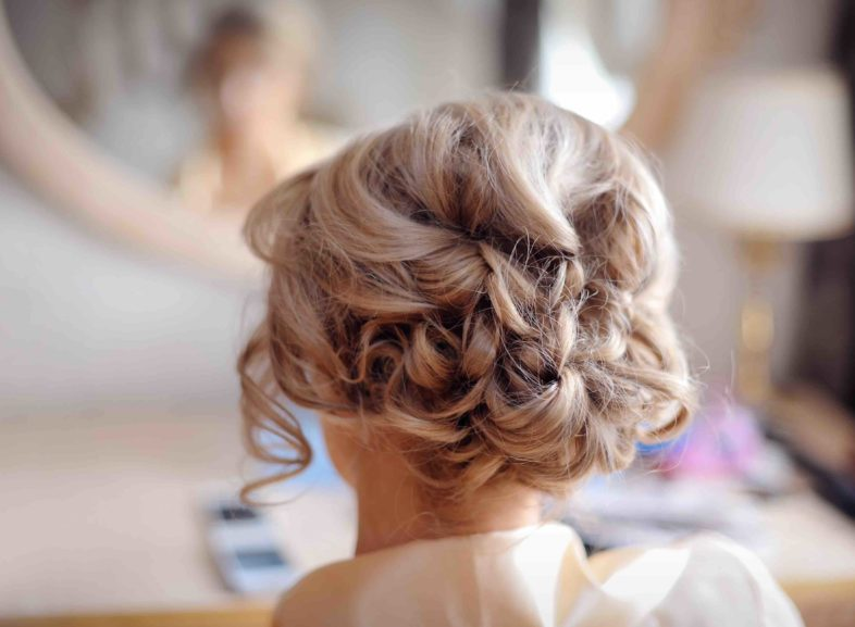 Thinking of doing your own bridal hair and makeup? Follow these top tips.